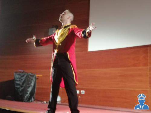 Spettacolo Fantastic Scow sala corona 13